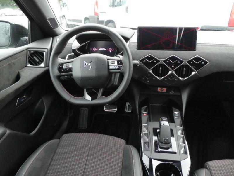 Photo 8 de l'offre de DS DS3 CROSSBACK PureTech 155 EAT8 PERFORMANCE LINE GPS LED Matrix à 27950€ chez Mérignac auto