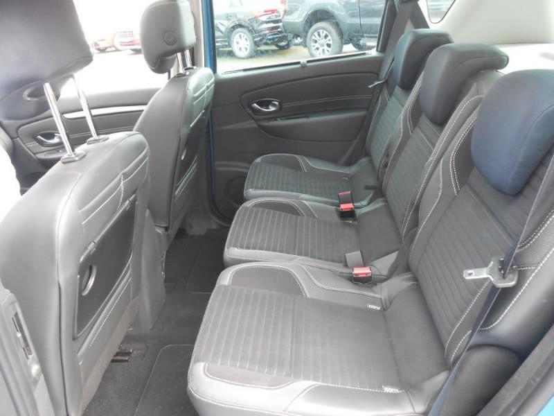 Photo 11 de l'offre de RENAULT SCENIC XMOD 1.2 TCe 115 BV6 ZEN Toit Pano. 1ère Main à 9950€ chez Mérignac auto