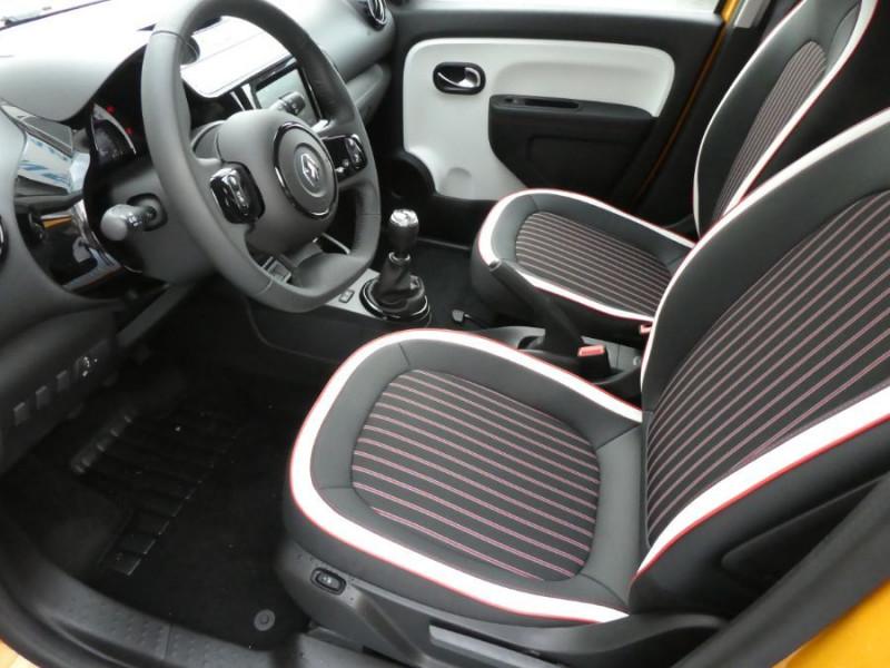 """Photo 6 de l'offre de RENAULT TWINGO New SCe 75 INTENS Ecran 7"""" JA16 SC Pack Noir à 12290€ chez Mérignac auto"""
