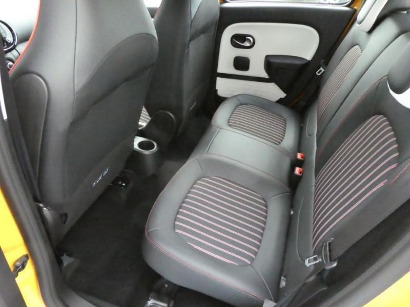 """Photo 7 de l'offre de RENAULT TWINGO New SCe 75 INTENS Ecran 7"""" JA16 SC Pack Noir à 12290€ chez Mérignac auto"""