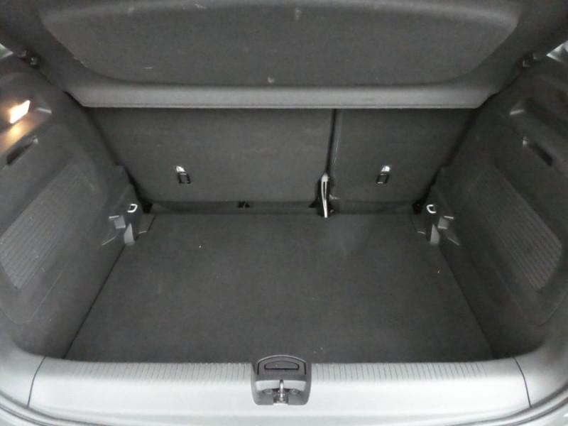 Photo 5 de l'offre de OPEL CROSSLAND X 1.2 Turbo 110 BV6 DESIGN 120ans Caméra Radars à 16750€ chez Mérignac auto