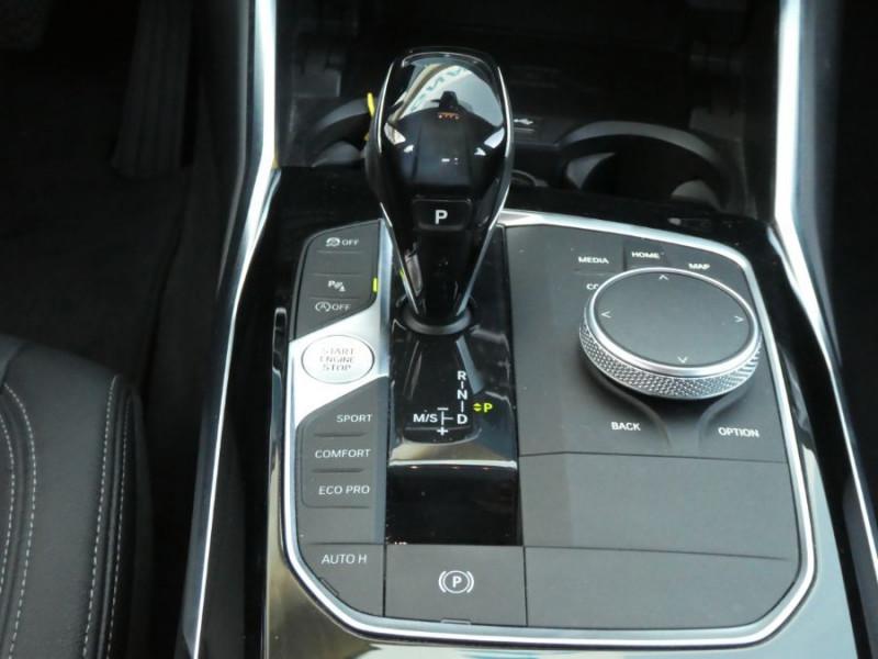 Photo 13 de l'offre de BMW SERIE 3 (G20) New 320DA 190 BVA8 LUXURY CUIR JA18 Camera Gtie 05/22 à 35490€ chez Mérignac auto