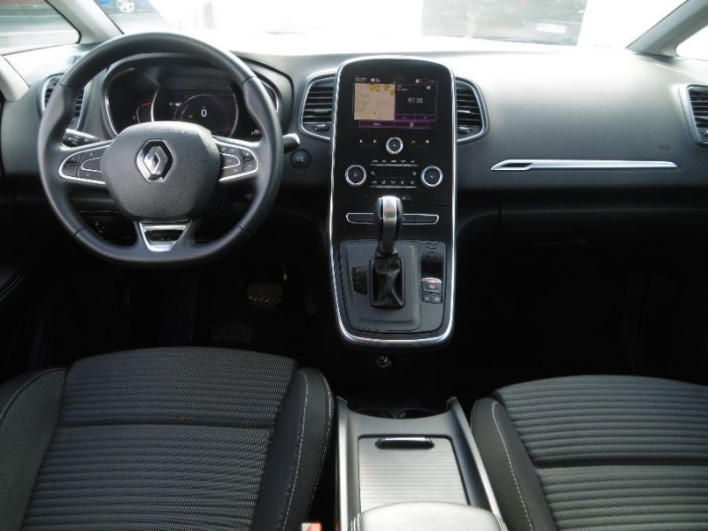 Photo 6 de l'offre de RENAULT SCENIC IV 1.5 DCi 110 EDC Business GPS Radars Privacy Glass à 18950€ chez Mérignac auto