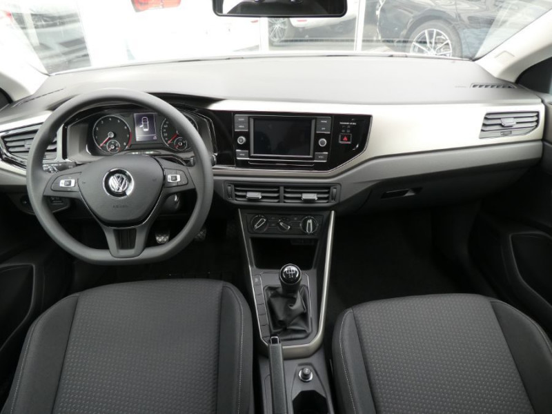 Photo 11 de l'offre de VOLKSWAGEN POLO VI 1.0 TSI 95 BLUEMOTION Bluetooth à 17350€ chez Mérignac auto
