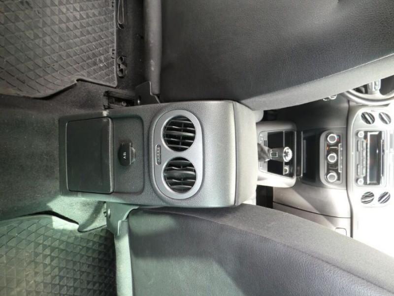 Photo 11 de l'offre de VOLKSWAGEN TIGUAN 2.0 TDI 110 BV6 2WD BLUEMOTION Bluetooth à 12450€ chez Mérignac auto