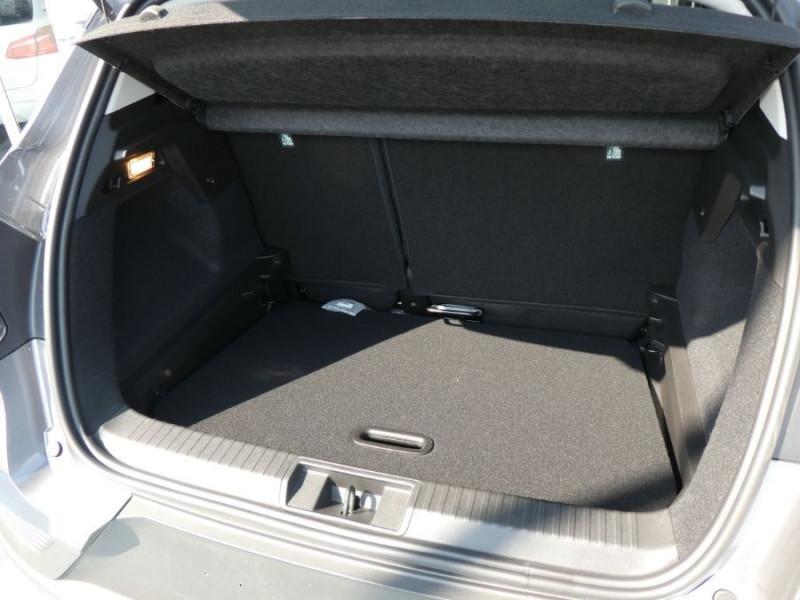 Photo 7 de l'offre de RENAULT CAPTUR II 1.5 Blue dCi 115 EDC7 ZEN Pack NAVI à 22750€ chez Mérignac auto