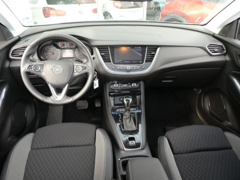 Photo 7 de l'offre de OPEL GRANDLAND X 1.2 Turbo 130 EAT8 DESIGN LINE JA18 Caméra Radars à 21980€ chez Mérignac auto