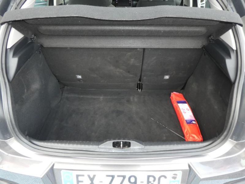 Photo 9 de l'offre de CITROEN C3 PureTech 110 SHINE GPS à 13750€ chez Mérignac auto