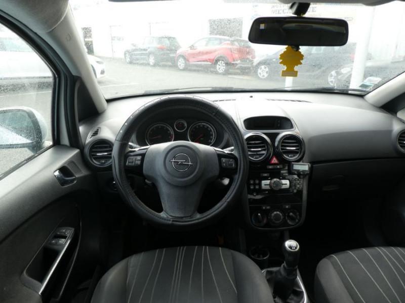 Photo 8 de l'offre de OPEL CORSA 1.0 TWINPORT 65CV 111 CLIM 3P à 4990€ chez Mérignac auto