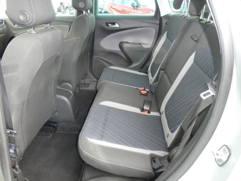 Photo 10 de l'offre de OPEL CROSSLAND X 1.2 Turbo 110 BVA6 DESIGN 120ans JA17 Caméra Radars Pack Modularité à 17290€ chez Mérignac auto