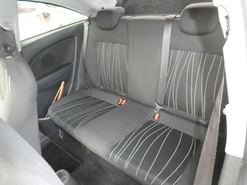 Photo 7 de l'offre de OPEL CORSA 1.0 TWINPORT 65CV 111 CLIM 3P à 4990€ chez Mérignac auto