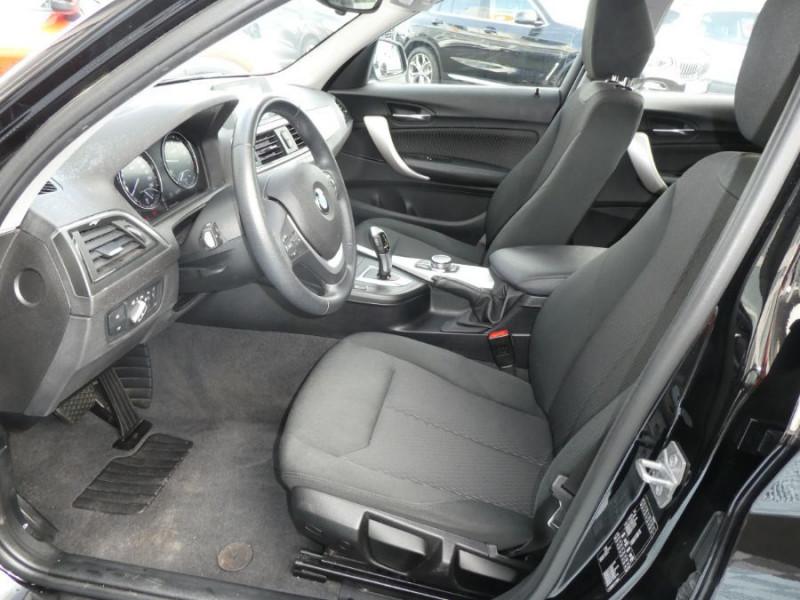 Photo 8 de l'offre de BMW SERIE 1 (F20) 118iA BVA8 136 Pack GPS JA17 Gtie 05/22 à 22350€ chez Mérignac auto