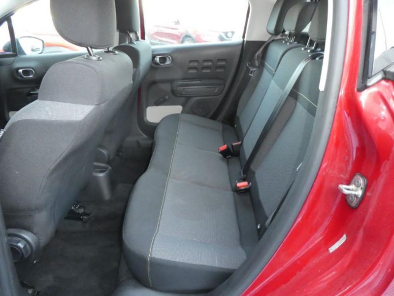 Photo 9 de l'offre de CITROEN C3 PureTech 110 BV5 SHINE GPS JA17 à 14470€ chez Mérignac auto