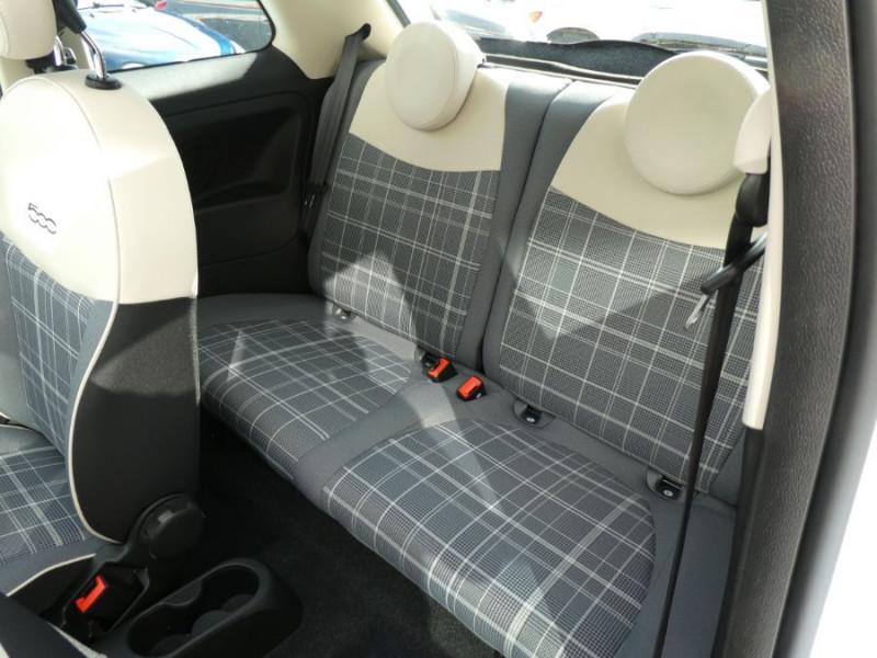 Photo 9 de l'offre de FIAT 500 1.0 70 BSG Hybrid BV6 LOUNGE TOIT OUVRANT GPS (10 Options) à 13970€ chez Mérignac auto