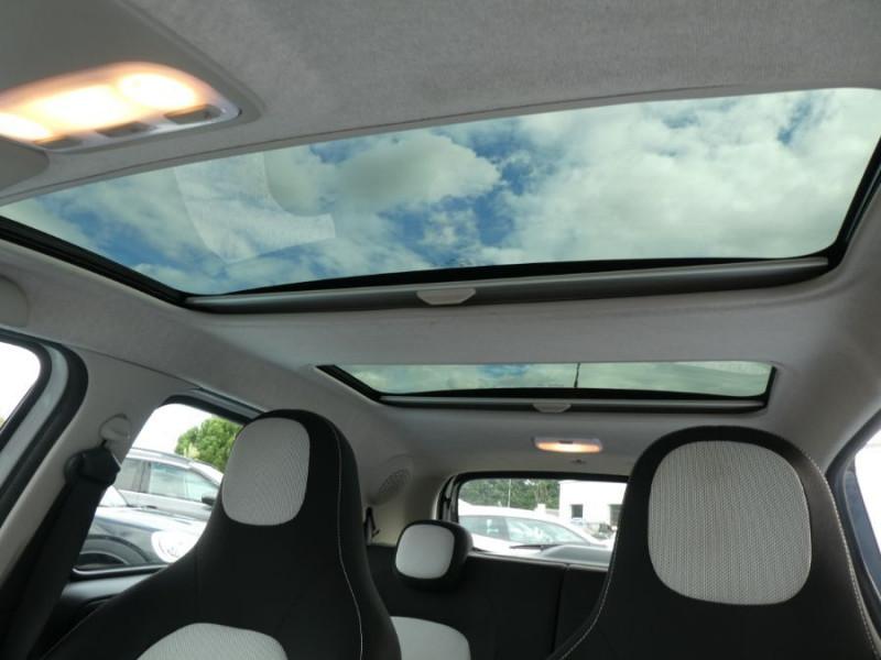 Photo 8 de l'offre de SMART FORFOUR 1.0 71 PASSION Toit Pano 5P 1ère Main à 7250€ chez Mérignac auto