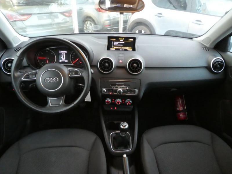 Photo 10 de l'offre de AUDI A1 SPORTBACK 1.4 TDI 90 GPS Bluetooth Radar à 17490€ chez Mérignac auto