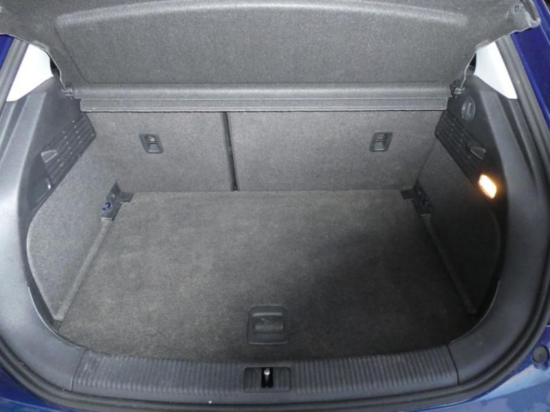 Photo 7 de l'offre de AUDI A1 SPORTBACK 1.4 TDI 90 GPS Bluetooth Radar à 17490€ chez Mérignac auto