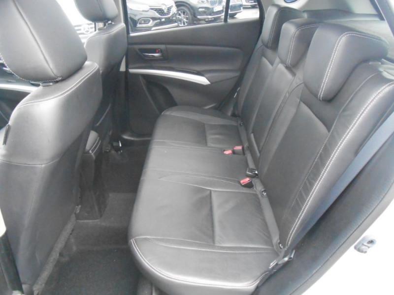 Photo 8 de l'offre de SUZUKI SX4 S-CROSS 1.6 VVT 120 BVA CVT ALLGRIP STYLE CUIR TOE Attel. à 12450€ chez Mérignac auto