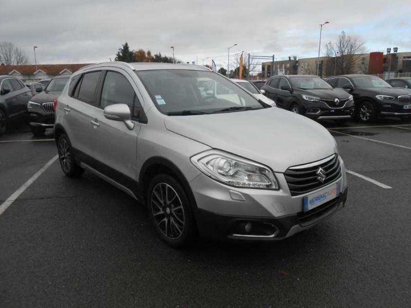 Photo 3 de l'offre de SUZUKI SX4 S-CROSS 1.6 VVT 120 BVA CVT ALLGRIP STYLE CUIR TOE Attel. à 12450€ chez Mérignac auto