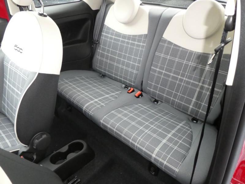 Photo 9 de l'offre de FIAT 500 1.2 69 Dualogic PACK LOUNGE TOIT OUVRANT GPS (10 Options) à 14590€ chez Mérignac auto