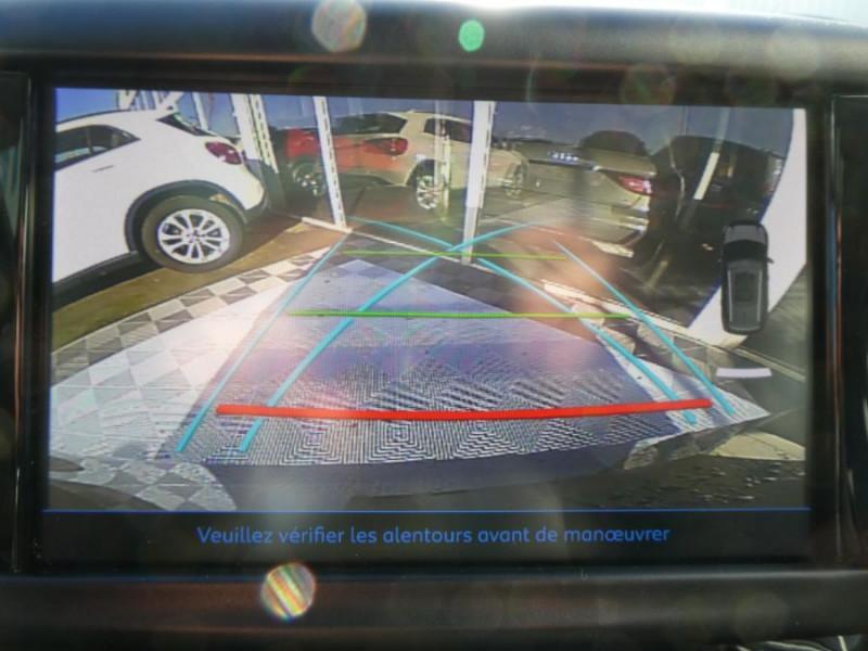 Photo 12 de l'offre de PEUGEOT 2008 II 1.2 PureTech 110 ALLURE TOIT Pano Camera Grip Control à 17890€ chez Mérignac auto