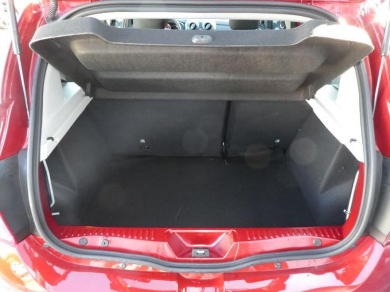 Photo 8 de l'offre de DACIA SANDERO BlueDCi 95 STEPWAY (3 Options) à 15490€ chez Mérignac auto