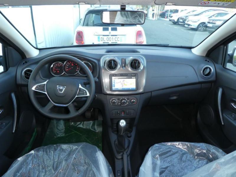 Photo 6 de l'offre de DACIA SANDERO BlueDCi 95 STEPWAY Camera (4 Options) à 15690€ chez Mérignac auto
