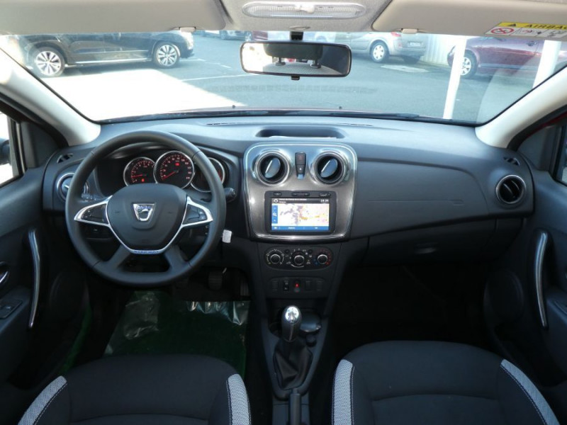 Photo 7 de l'offre de DACIA SANDERO BlueDCi 95 STEPWAY Camera (4 Options) à 15690€ chez Mérignac auto