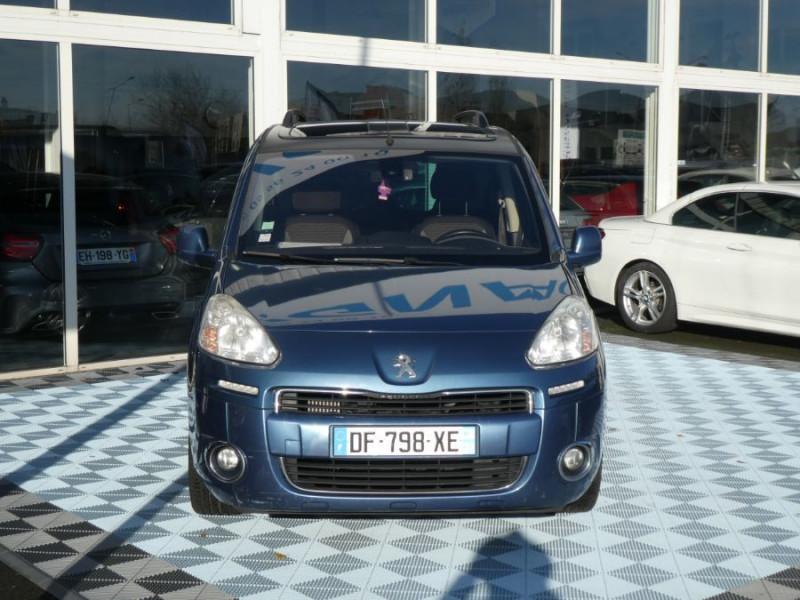 Photo 2 de l'offre de PEUGEOT PARTNER 1.6 E-HDI 92 ZENITH à 9450€ chez Mérignac auto