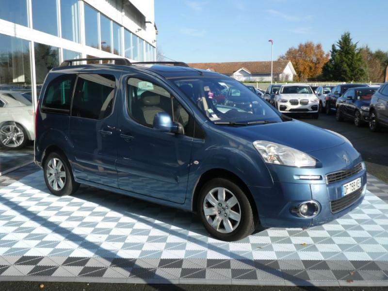 Photo 3 de l'offre de PEUGEOT PARTNER 1.6 E-HDI 92 ZENITH à 9450€ chez Mérignac auto