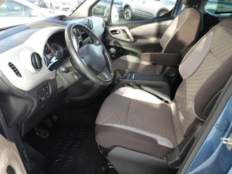 Photo 8 de l'offre de PEUGEOT PARTNER 1.6 E-HDI 92 ZENITH à 9450€ chez Mérignac auto
