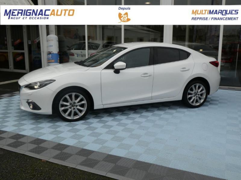 Mazda 3 III BERLINE 2.2 SKYACTIV-D 150 DYNAMIQUE 4P Nbses Options 1ère Main DIESEL BLANCHE Occasion à vendre