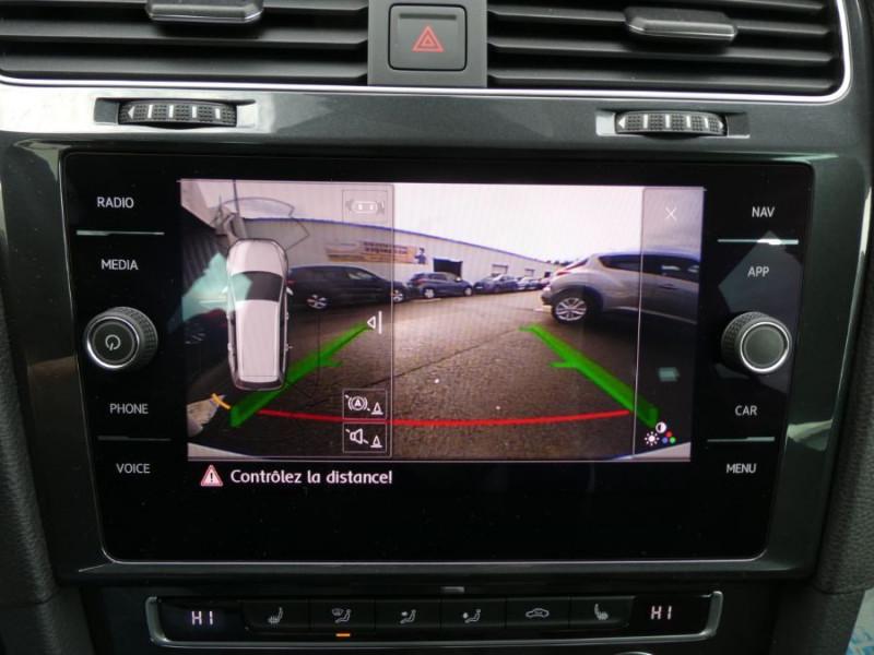 Photo 10 de l'offre de VOLKSWAGEN GOLF SW VII 2.0 TDI 150 DSG7 Pack R-LINE Ext. GPS Camera à 23950€ chez Mérignac auto