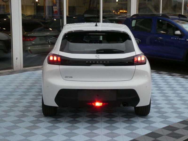 """Photo 2 de l'offre de PEUGEOT 208 1.5 BlueHDi 100 BV6 ACTIVE Mirror 7"""" LED à 18980€ chez Mérignac auto"""