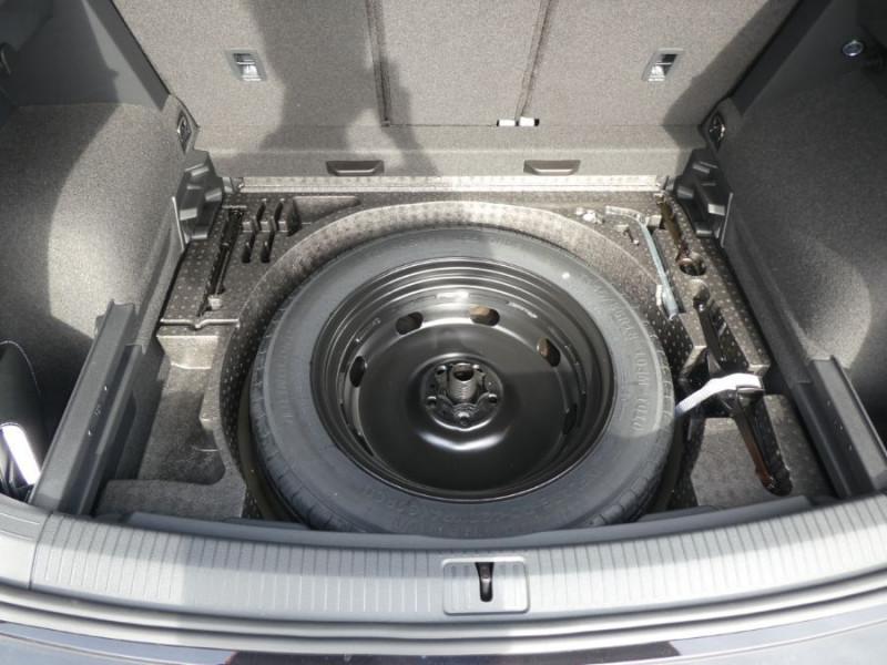 Photo 9 de l'offre de VOLKSWAGEN TIGUAN 2.0 TDI 150 DSG R-LINE TOIT Pano LED Matrix JA20 Caméra 360° à 43900€ chez Mérignac auto