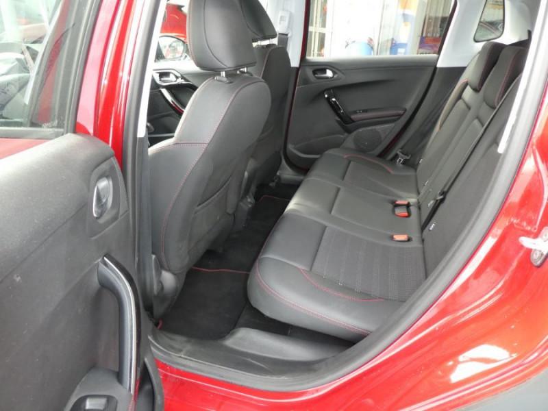 Photo 7 de l'offre de PEUGEOT 2008 II BlueHDi 120 EAT6 GT LINE Camera Grip Control à 21350€ chez Mérignac auto