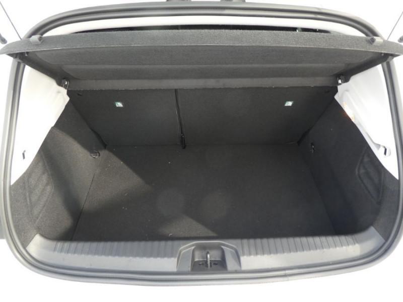 """Photo 8 de l'offre de RENAULT CLIO V 1.6 E-TECH 140 BVA ZEN Easy Link 7"""" Pack City à 19970€ chez Mérignac auto"""