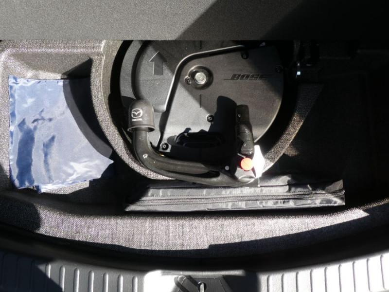 Photo 12 de l'offre de MAZDA CX-5 2.2 SKYACTIV-D 150 BVA 4x2 SELECTION CUIR 360° Attel à 30900€ chez Mérignac auto