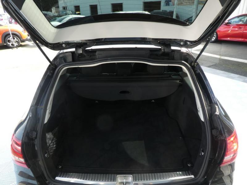 Photo 8 de l'offre de MERCEDES-BENZ CLASSE C SW IV 220 D 194 9G-Tronic BUSINESS LINE LED Camera Privacy Glass à 30490€ chez Mérignac auto