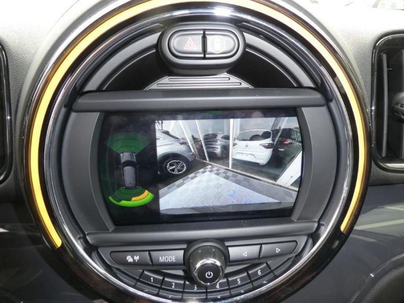 Photo 12 de l'offre de MINI COUNTRYMAN (F60) 2.0D 150 BVA8 COOPER GPS Camera Hayon elec. Gtie 07/23 à 31450€ chez Mérignac auto