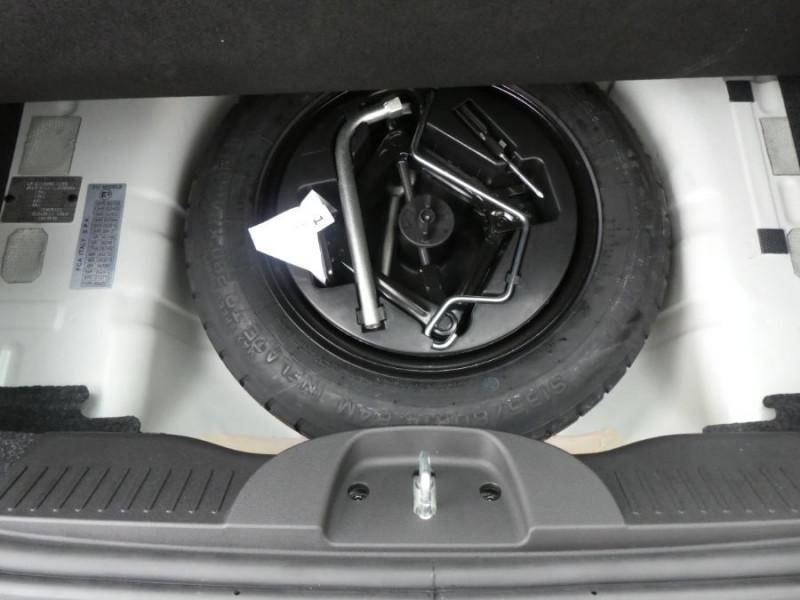 Photo 9 de l'offre de FIAT 500 1.0 70 BSG Hybrid BV6 LOUNGE Radar AB Pk Visi (8 Options) à 13480€ chez Mérignac auto