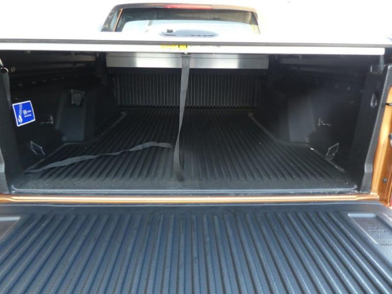 Photo 5 de l'offre de FORD RANGER SUPER CAB 2.0 TDCI 213 BVA10 4WD WILDTRAK Cover Pack Tech. JA Noires 33000HT à 39600€ chez Mérignac auto
