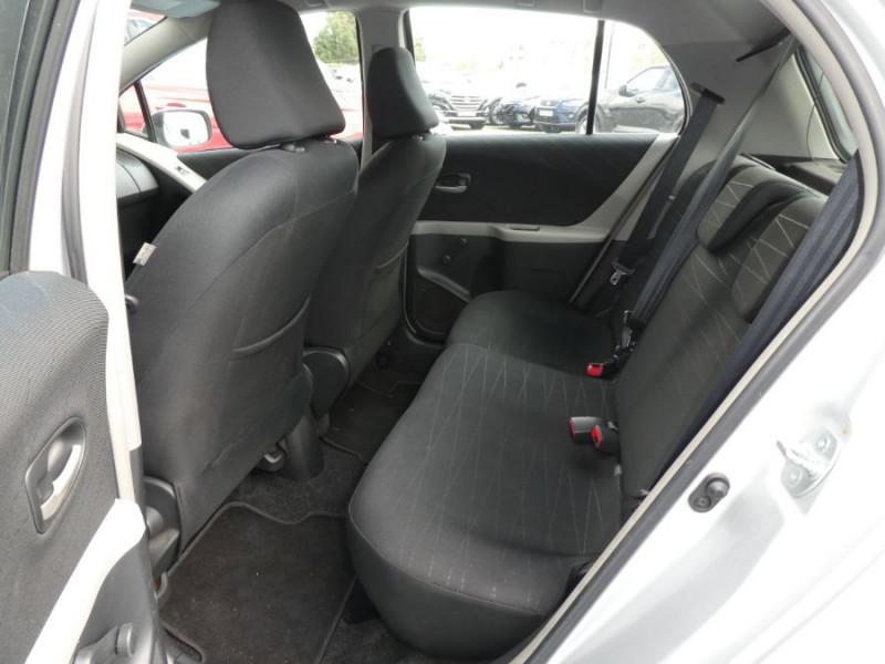 Photo 7 de l'offre de TOYOTA YARIS 90 D-4D LIMITED EDITION 5p à 5990€ chez Mérignac auto