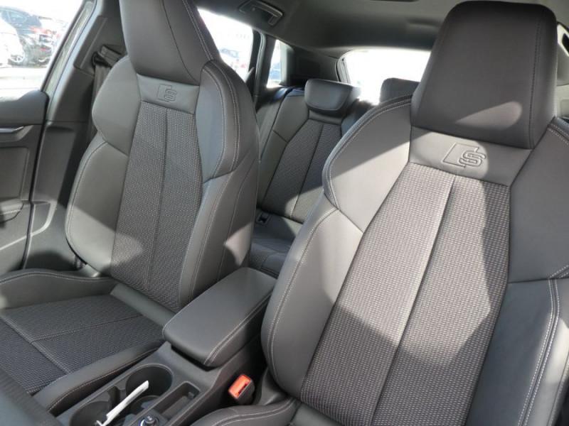 Photo 10 de l'offre de AUDI A3 SPORTBACK IV 35 TFSI 150 MHEV S Tronic 7 S LINE Mirror JA18 Audi Sport Etoile à 34980€ chez Mérignac auto