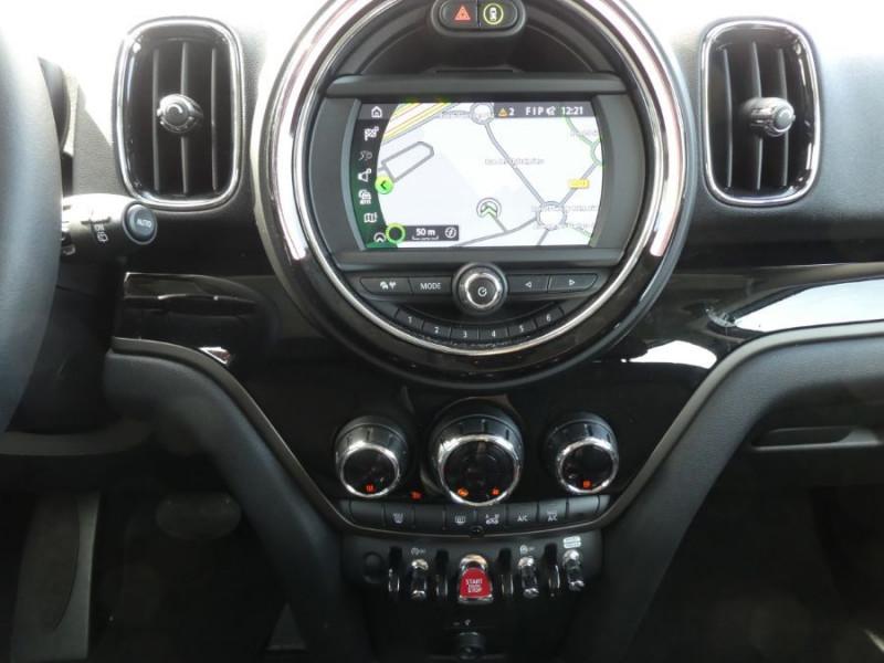 Photo 11 de l'offre de MINI COUNTRYMAN (F60) 1.5i 136 BVA7 COOPER GPS Radars Hayon elec. Gtie 01/23 à 28750€ chez Mérignac auto