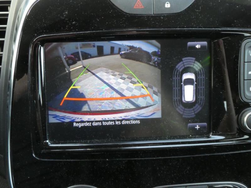 Photo 12 de l'offre de RENAULT CAPTUR 1.5 dCi 90 EDC INTENS Camera Radars 1ère Main à 17450€ chez Mérignac auto