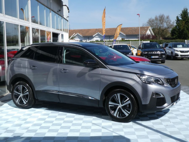 Photo 2 de l'offre de PEUGEOT 3008 BlueHDI 130 EAT8 ALLURE BiTon Camera 360° à 30890€ chez Mérignac auto