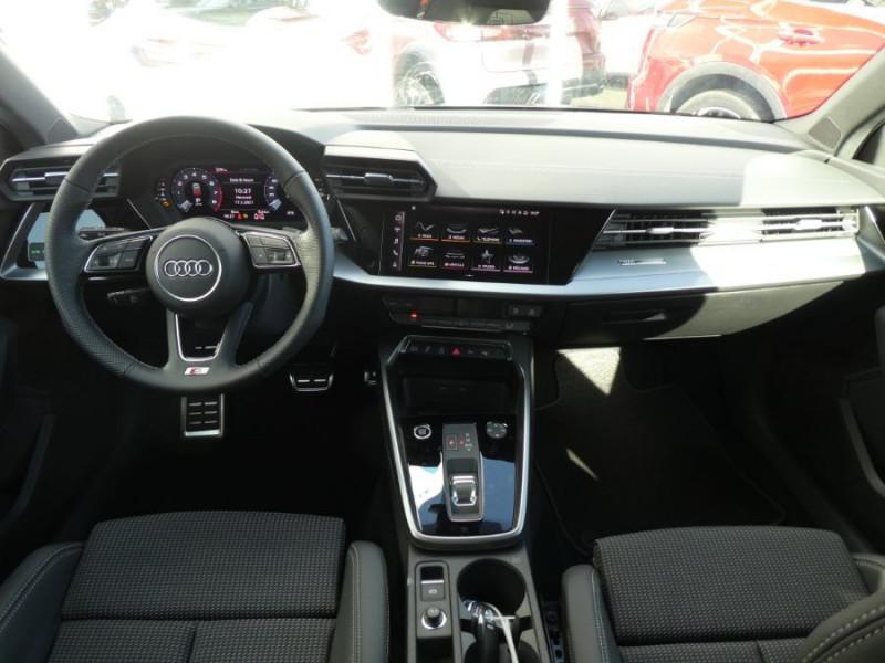 Photo 6 de l'offre de AUDI A3 SPORTBACK IV 35 TFSI 150 MHEV S Tronic 7 S LINE Mirror JA18 Audi Sport Etoile à 34980€ chez Mérignac auto