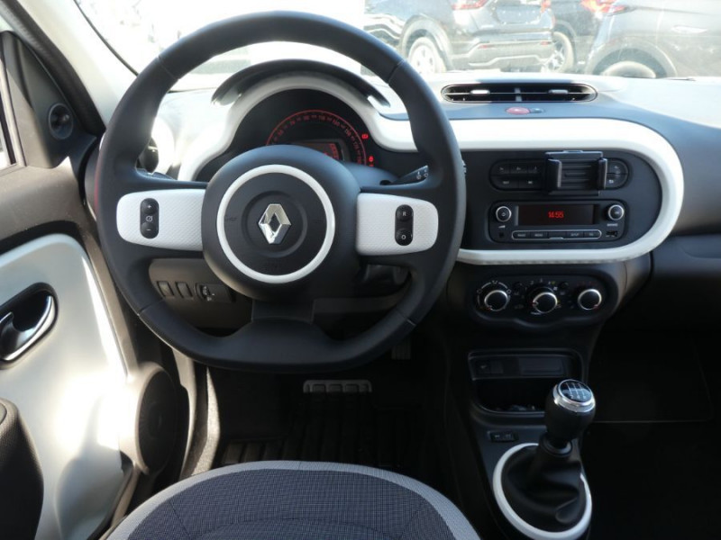 Photo 9 de l'offre de RENAULT TWINGO III (2) 1.0 SCe 75 LIMITED Bluetooth à 11580€ chez Mérignac auto