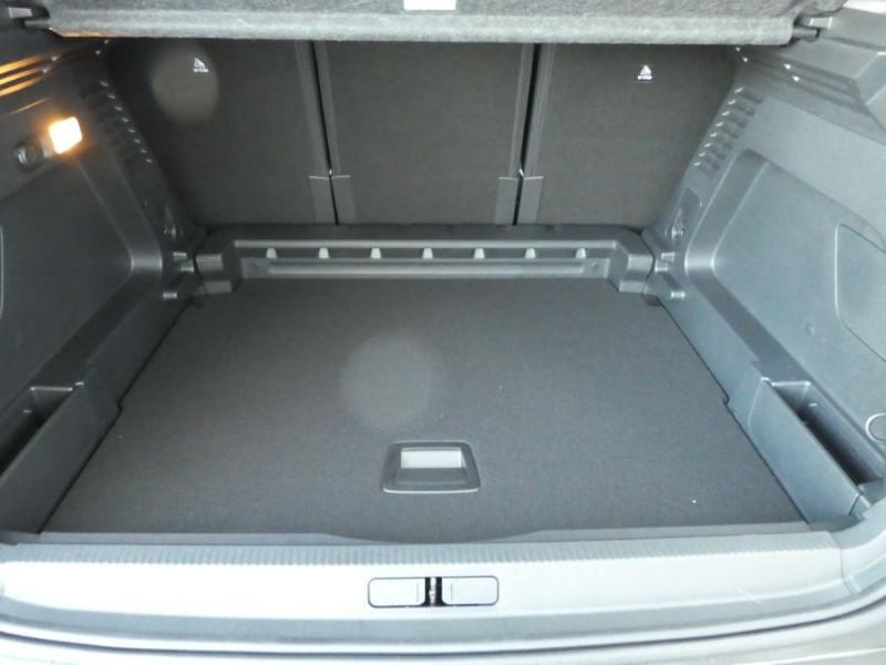 Photo 10 de l'offre de CITROEN C5 AIRCROSS BlueHDi 130 BV6 FEEL GPS JA19 ConnectedCAM à 25900€ chez Mérignac auto